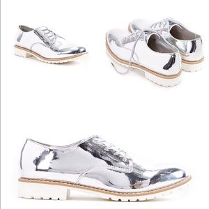 💼✨New✨Metallic Silver Oxford Flats (Last Pair❗️)